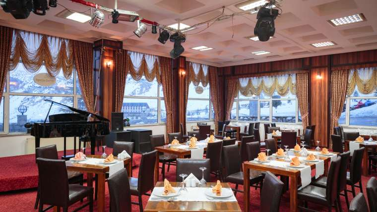 Mükemmel restoranı ile İsperia Hotel